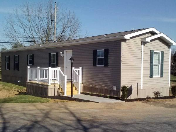 2013 Pine Grove G16-615 Manufactured Home