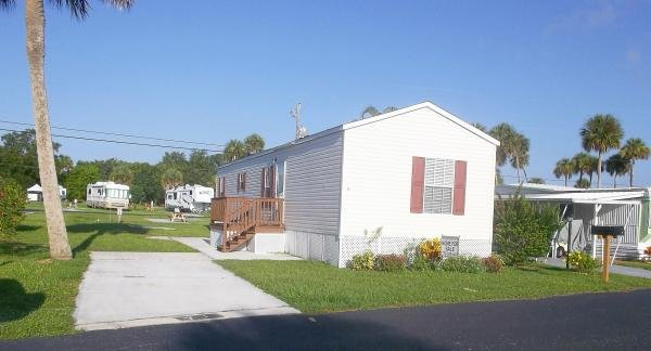 Photo 1 of 2 of home located at 71 Phyllis Dr Sebastian, FL 32958