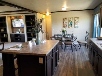 Mobile Home at 8252 Hale Way White City, OR 97503