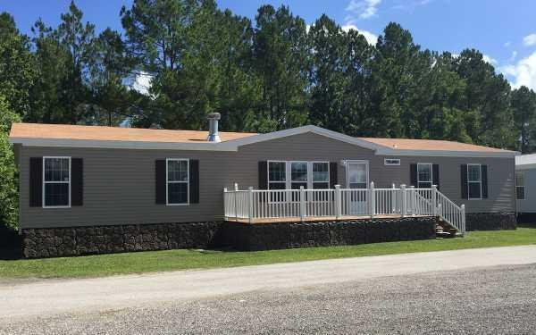 Homes of Merit The Hawksdale - 0683B1 Mobile Home Model in undefined