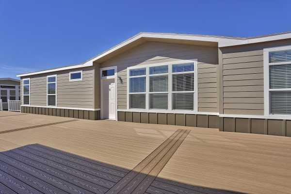 Champion Homes HD3276E Mobile Home Model in undefined