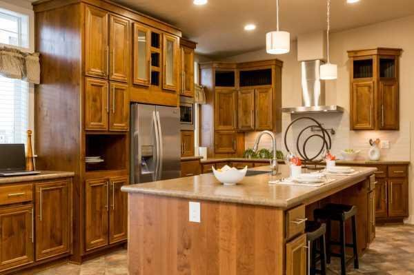 Champion Homes Lochsa Estates 6723S Mobile Home Model in undefined