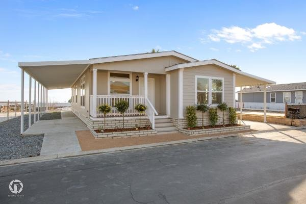 Photo 1 of 2 of home located at 8536 Kern Canyon Rd Bakersfield, CA 93306