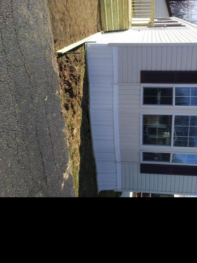 Mobile Home at 22 Shady Acres Drive Akron, OH 44312