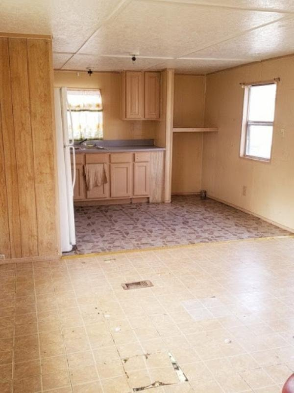 1999  Mobile Home For Sale