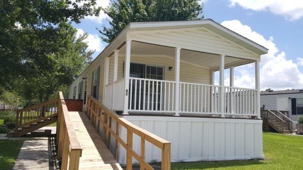 Mobile Home at 489 Starratt Rd. Lot 89, Jacksonville, FL