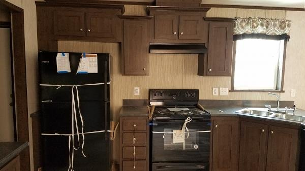 Mobile Home at 5184 Fallbrook Ct., Wyoming, MN
