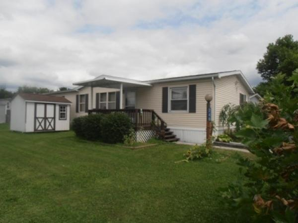 Mobile Home at 246 Greenbriar Dr S, Bath, PA
