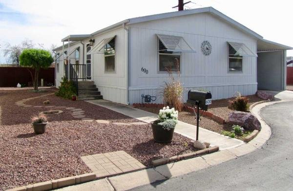 2000 Redman Manufactured Home