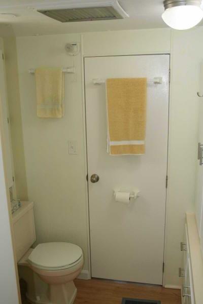 BATHROOM FRONT DOOR