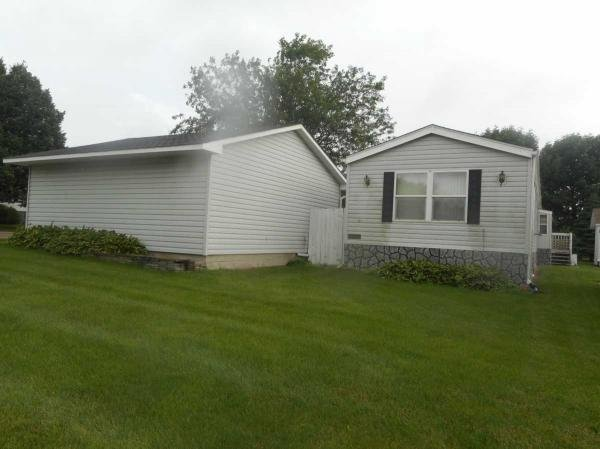 1996 Marshfield Mobile Home For Rent