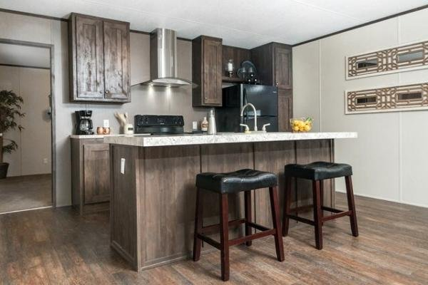 CLAYTON Mobile Home For Sale