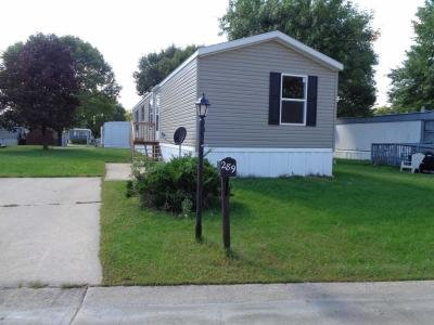 Mobile Home at 615 Miller Ave Dr Sw Cedar Rapids, IA 52404
