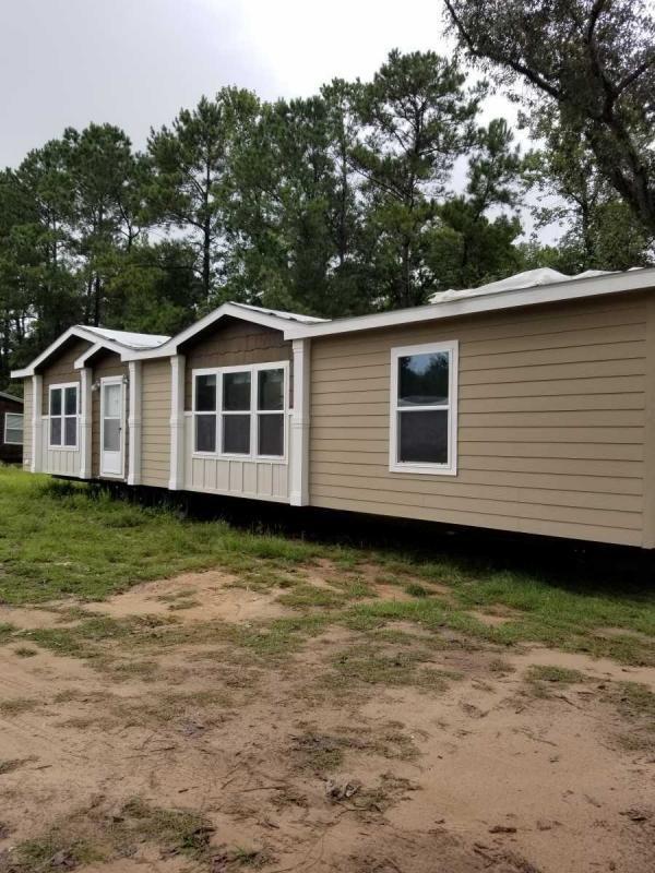 Mobile Home at 11166 Crockett Martin , Conroe, TX