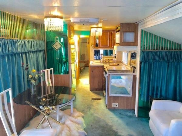 1991  Mobile Home For Rent