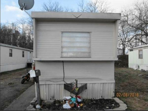 Mobile Home at 1006 W. Riverside Dr. Lot 46, Salem, VA