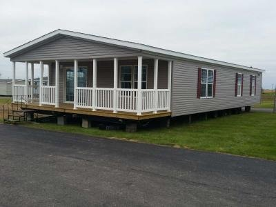 Mobile Home at 1712 Pella Avenue Oskaloosa, IA 52577