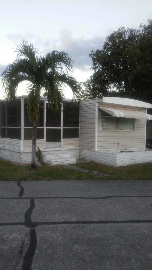 Mobile Home at 3170 SW 53rd Terrace, Davie, FL