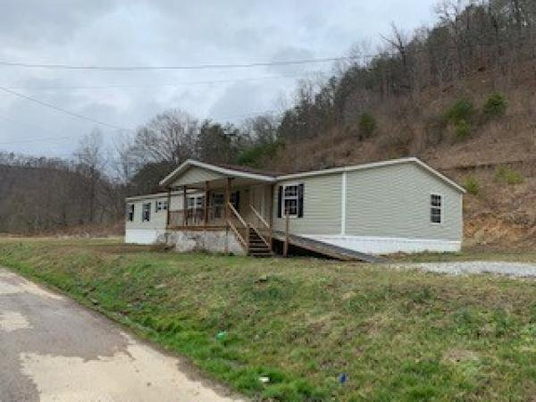 Mobile Home at 467 JOHNSON FORK RD, Martin, KY