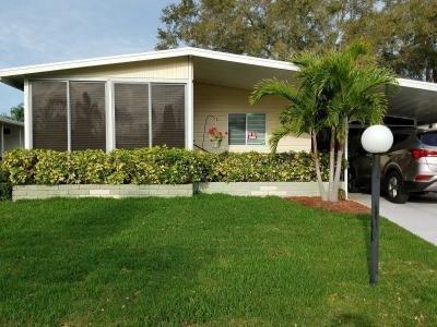Mobile Home at 5622 Gristmill Street  Bradenton, FL 34203
