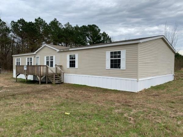 Mobile Home at 1725 WILSON GOLDEN RD R, Waterford, MS