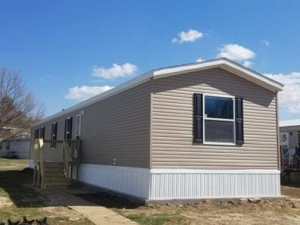 Mobile Home at 6850 North Fork, Byrnes Mill, MO