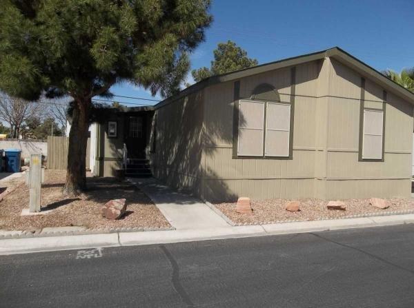 Mobile Home at 3001 Cabana Dr, Las Vegas, NV