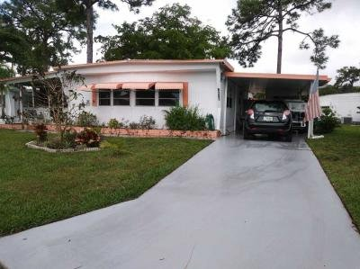 Mobile Home at 6387 Dogwood Lantana, FL 33462