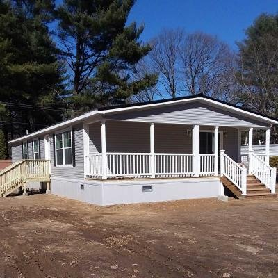 Mobile Home at 1 Hammond Ln Gansevoort, NY 12831