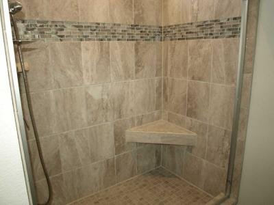 Full tile shower/ with seat