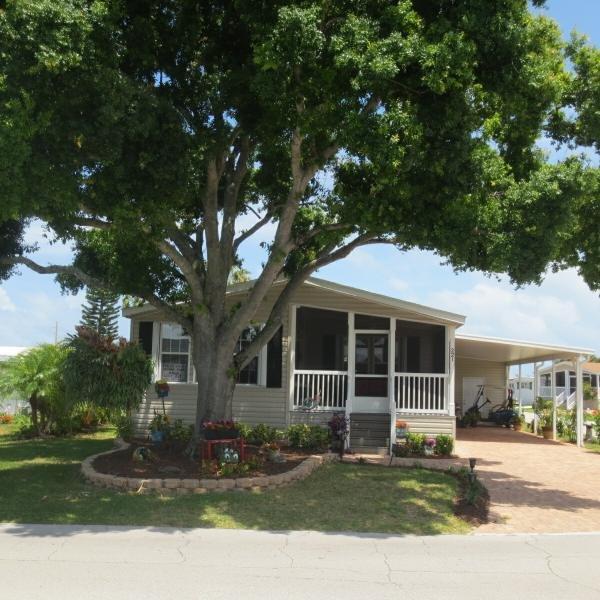 Mobile Home at 221 Arbor Lane , Vero Beach, FL