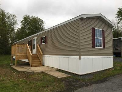 Mobile Home at 13 Cloverleaf Court Mcconnellsburg, PA
