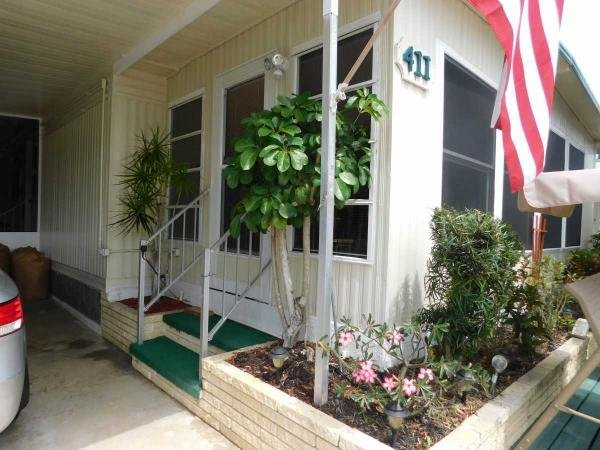 Mobile Home at 411 Cobia Ave, Venice, FL