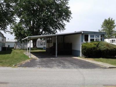 Mobile Home at 126 Maple Ln. Manteno, IL 60950