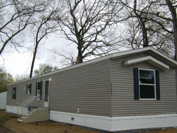 Mobile Home at 25362 MacArthur Ave, Mattawan, MI