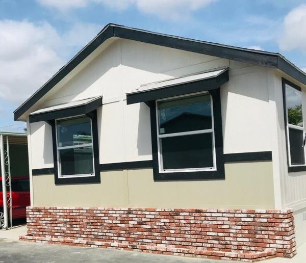 Senior Retirement Living - 2019 Cavco TW20442A Manufactured Home For
