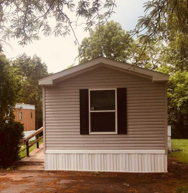 Mobile Home at 365 Pleasant View dr, Etters, PA
