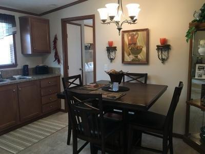 Mobile Home at 136 Woodcreek Blvd. Walbridge, OH