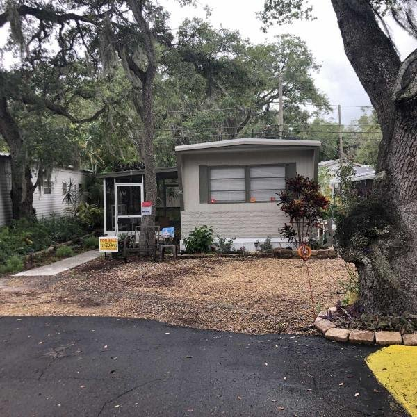 Mobile Home at 1610 West Bay Drive, Lot 39, Largo, FL