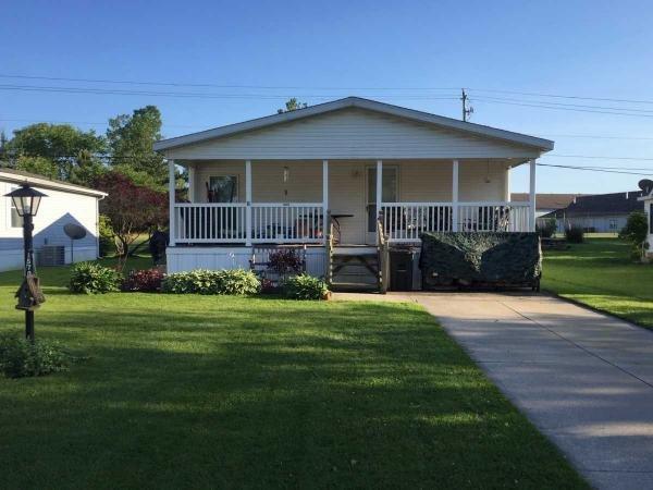 Mobile Home at 1570 King Arthur Way, Streetsboro, OH