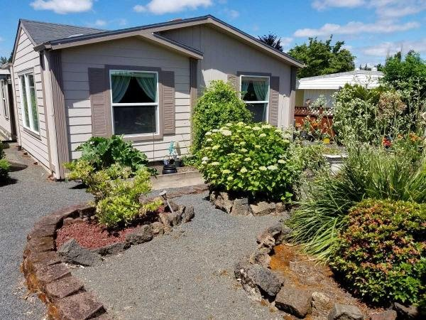 Mobile Home at 11584 SW Royal Villa Drive, Tigard, OR