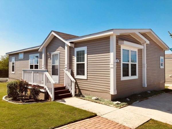 Mobile Home at 157 Eagle Creek Drive Lot#167, Kyle, TX