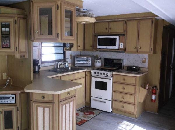 Senior Retirement Living 1983 Canterbury Mobile Home For