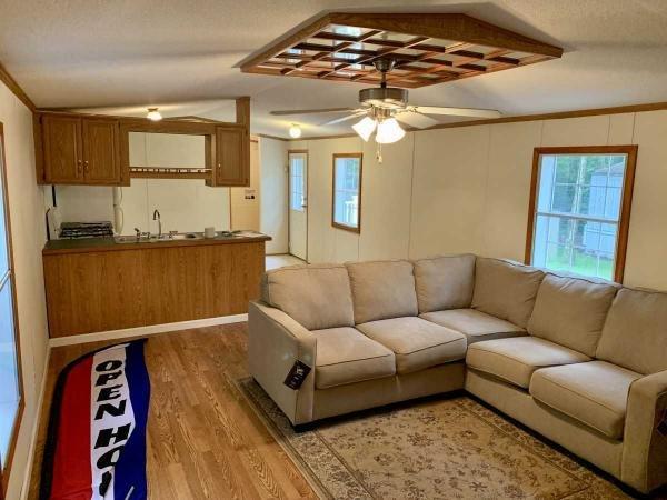 Senior Retirement Living 1997 Fleetwood Mobile Home For