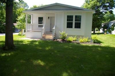 Mobile Home at 8000 Warren Woods Rd Lot#91 Three Oaks, MI 49128