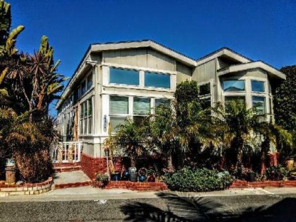 Mobile Home at 80 Huntington Street #404, Huntington Beach, CA