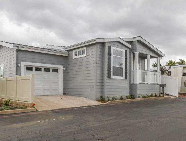 Mobile Home at 19251 Brookhurst #126, Huntington Beach, CA