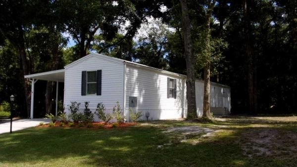 Mobile Home at 1618 Cochise Trail, Leesburg, FL