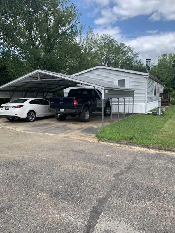 Mobile Home at 1020 SE View Dr, Fenton, MO