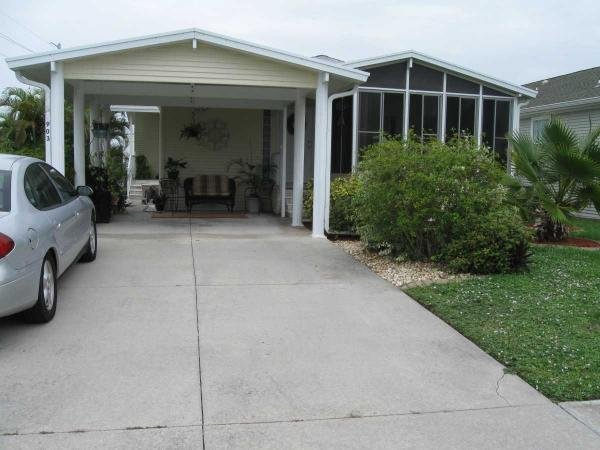 Mobile Home at 903 Lucaya W, Venice, FL